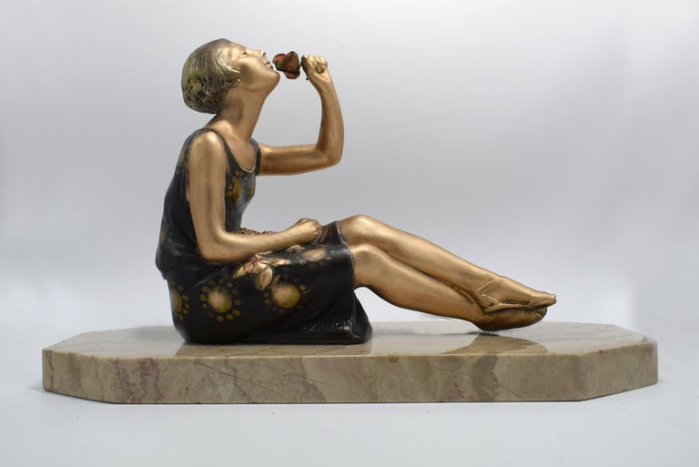 1930s Art Deco Spelter Figure 'Girl with Roses' For Sale 2