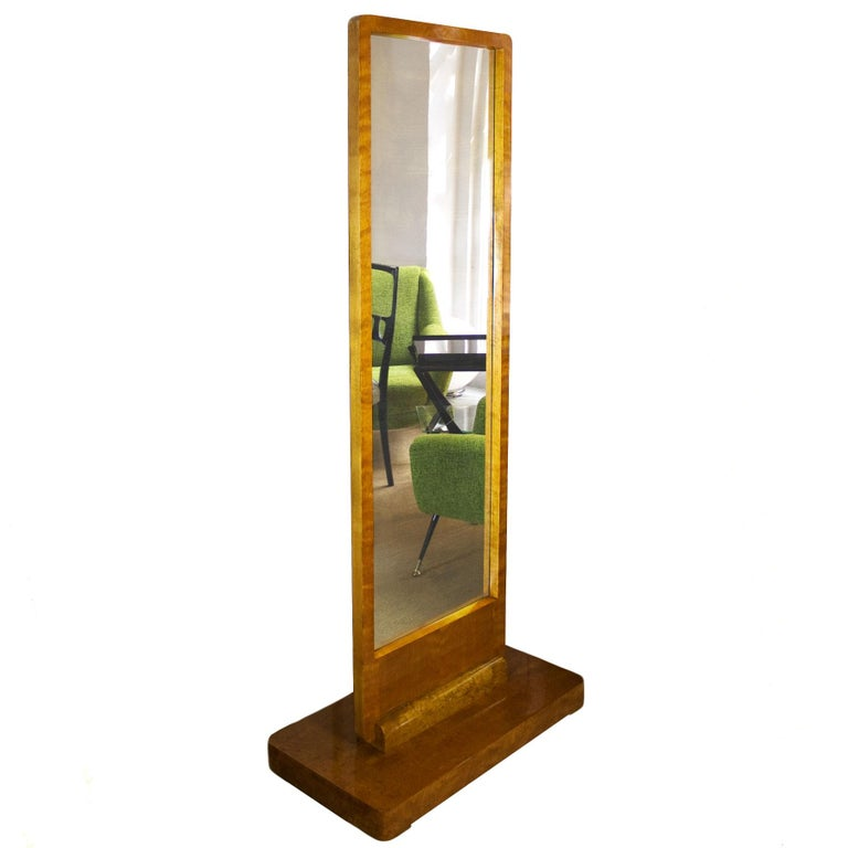 Splendid big Art Deco vanity, solid wood base and maple veneer, French polish. Original mirror (oxidation).  France, circa 1930.  Mirror width: 64 cm.