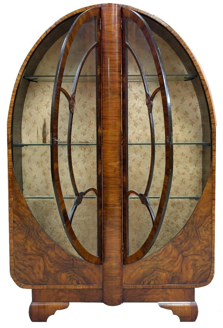 1930er, Art Deco Vitrine in Walnuss 3