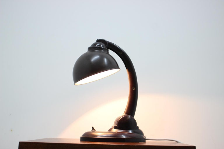 1930s Bakelite Table Lamp by Eric Kirkman Cole, Czechoslovakia For Sale 6