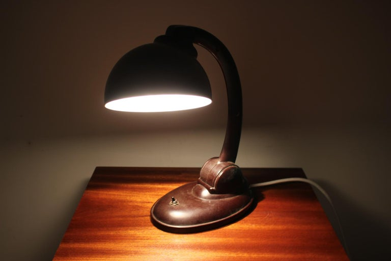 1930s Bakelite Table Lamp by Eric Kirkman Cole, Czechoslovakia For Sale 3