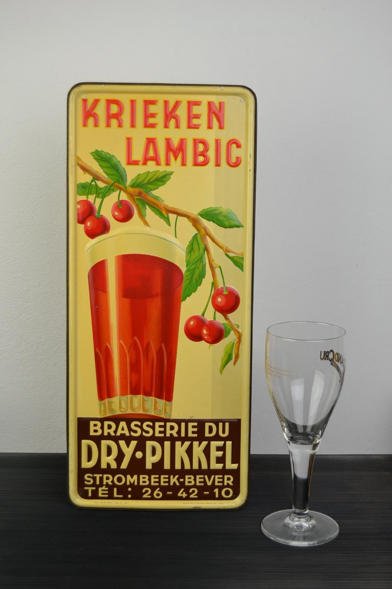 1930s Belgian Beer Sign for Cherry Beer Lambic, Art Deco Tin Sign For Sale 15