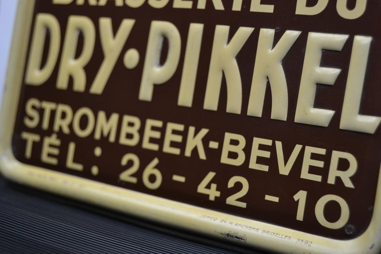 1930s Belgian Beer Sign for Cherry Beer Lambic, Art Deco Tin Sign For Sale 5