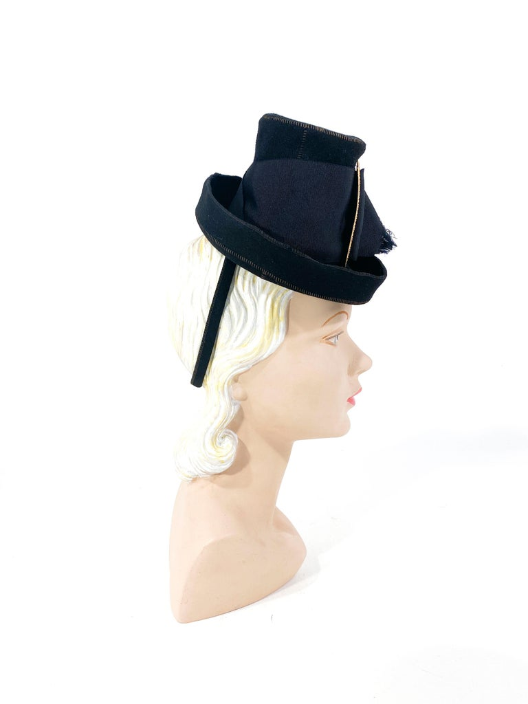 1930s Black Felt Toy Pilgrim Hat  In Good Condition For Sale In San Francisco, CA