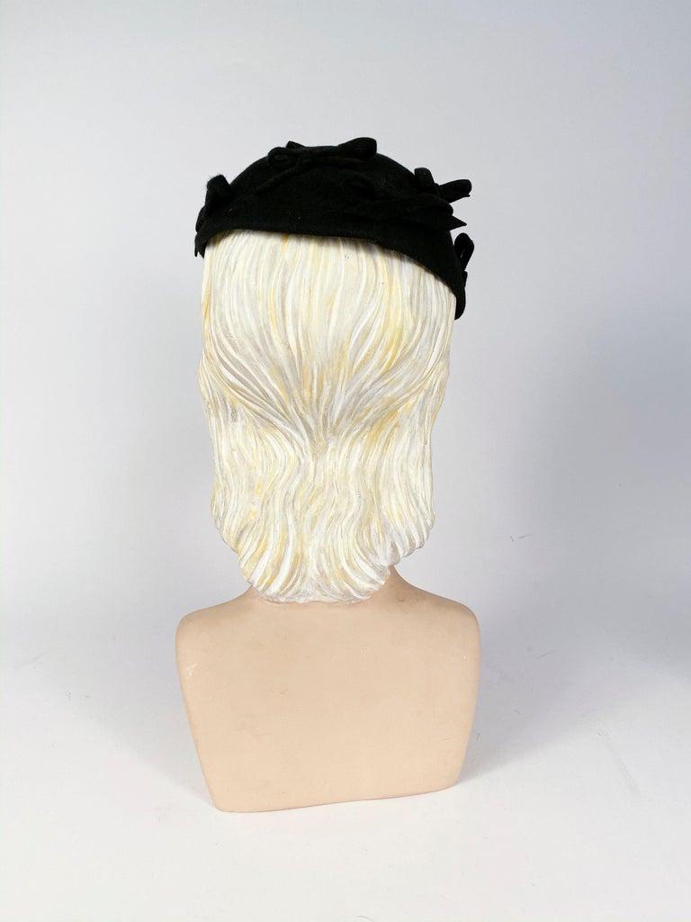 Women's 1930s Black Fur Felt Evening Hat with Bows For Sale