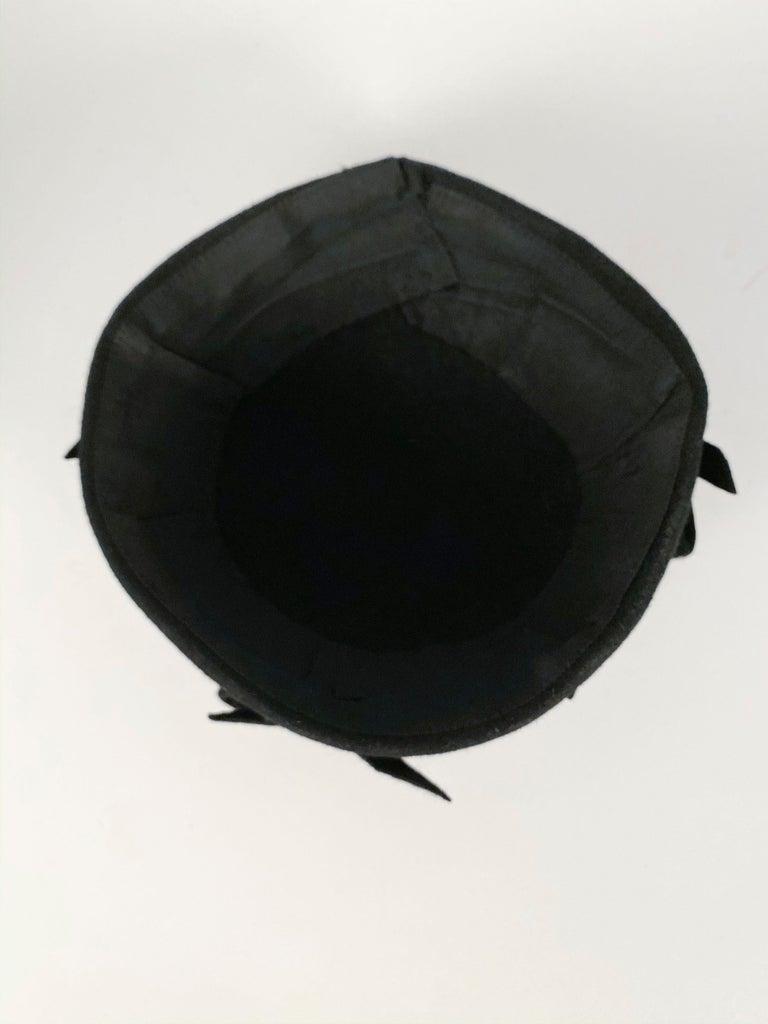 1930s Black Fur Felt Evening Hat with Bows For Sale 2