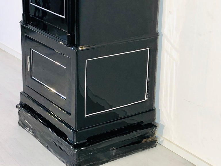 1930s Black Lacquer Safe or Vault, C.A. Streuli, Switzerland 4