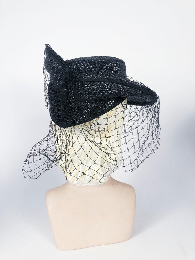 Women's 1930s Black Sculpted Straw Hat with Full Veil For Sale