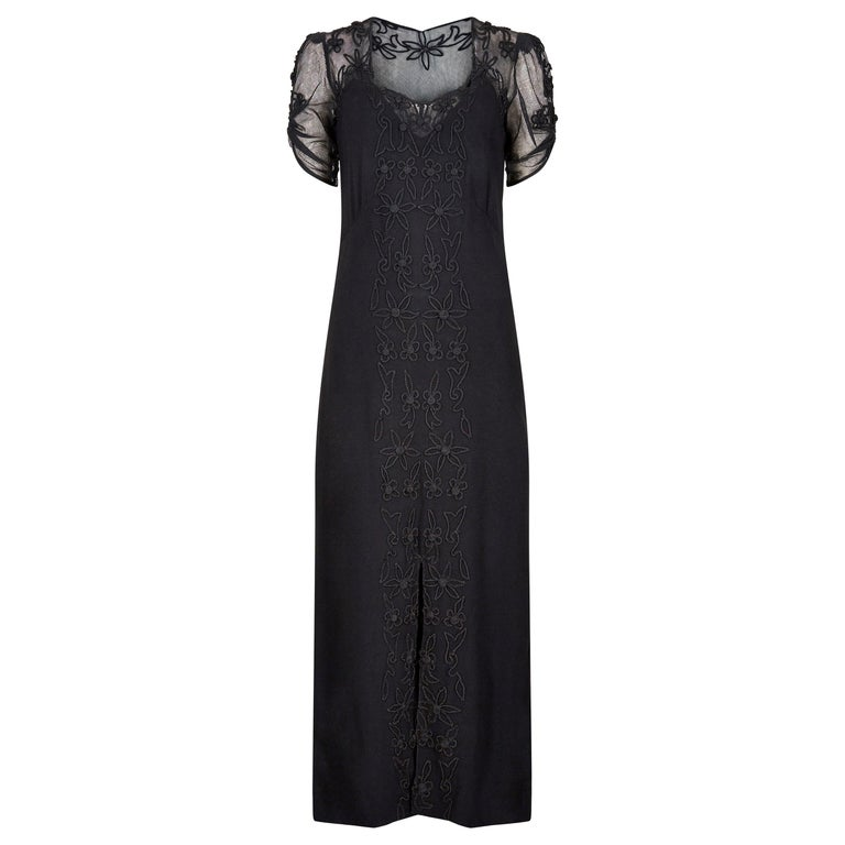 1930s Black Silk Crepe and Net Evening Dress With Floral Appliqué Embellishment For Sale