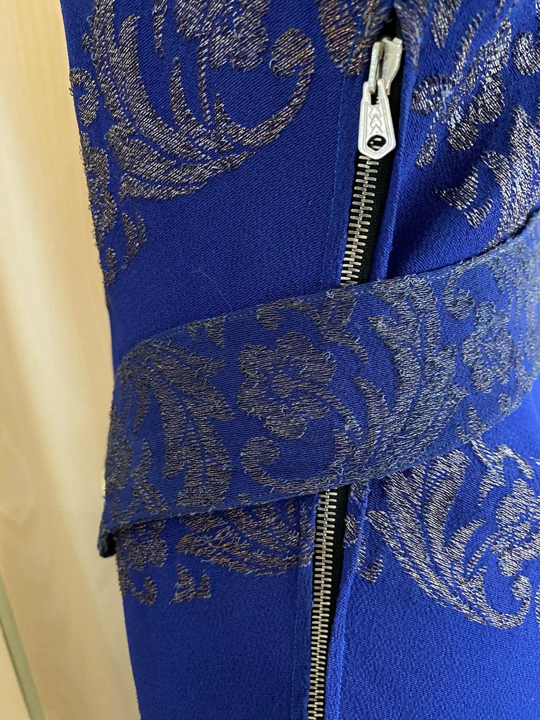 1930s Blue and Silver Metallic Crepe Bias Cut Dress  In Good Condition For Sale In Beverly Hills, CA