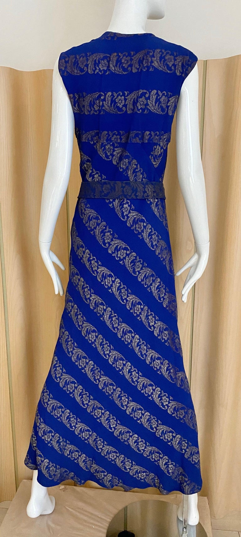 1930s Blue and Silver Metallic Crepe Bias Cut Dress  For Sale 1