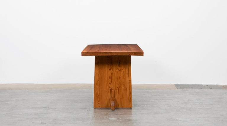 Mid-Century Modern 1930s Brown Wooden Pine Dining Table by Axel Einar Hjorth For Sale