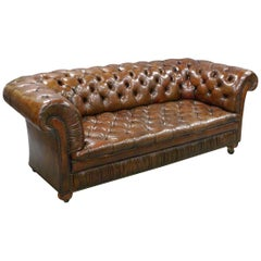 1930s Buttoned Leather Chesterfield Sofa