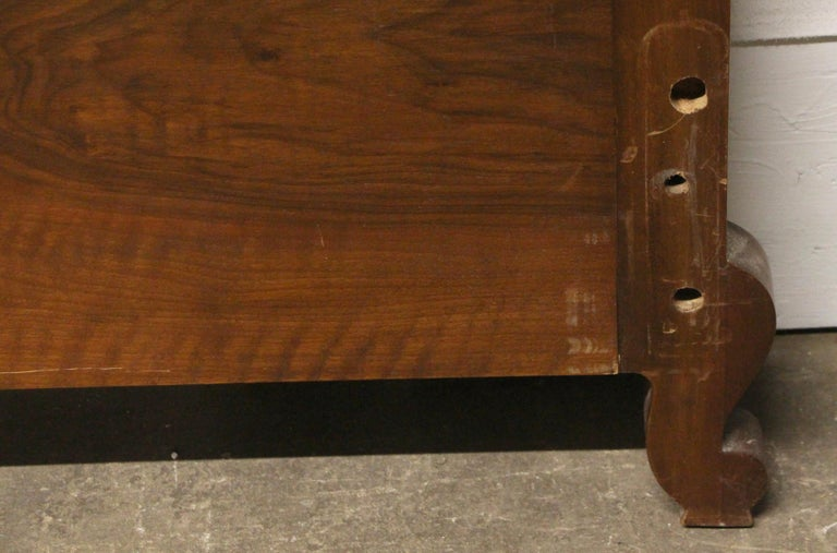 1930s Carved Dark Tone Walnut and Cane Art Deco King Size Bed Wood Frame For Sale 7