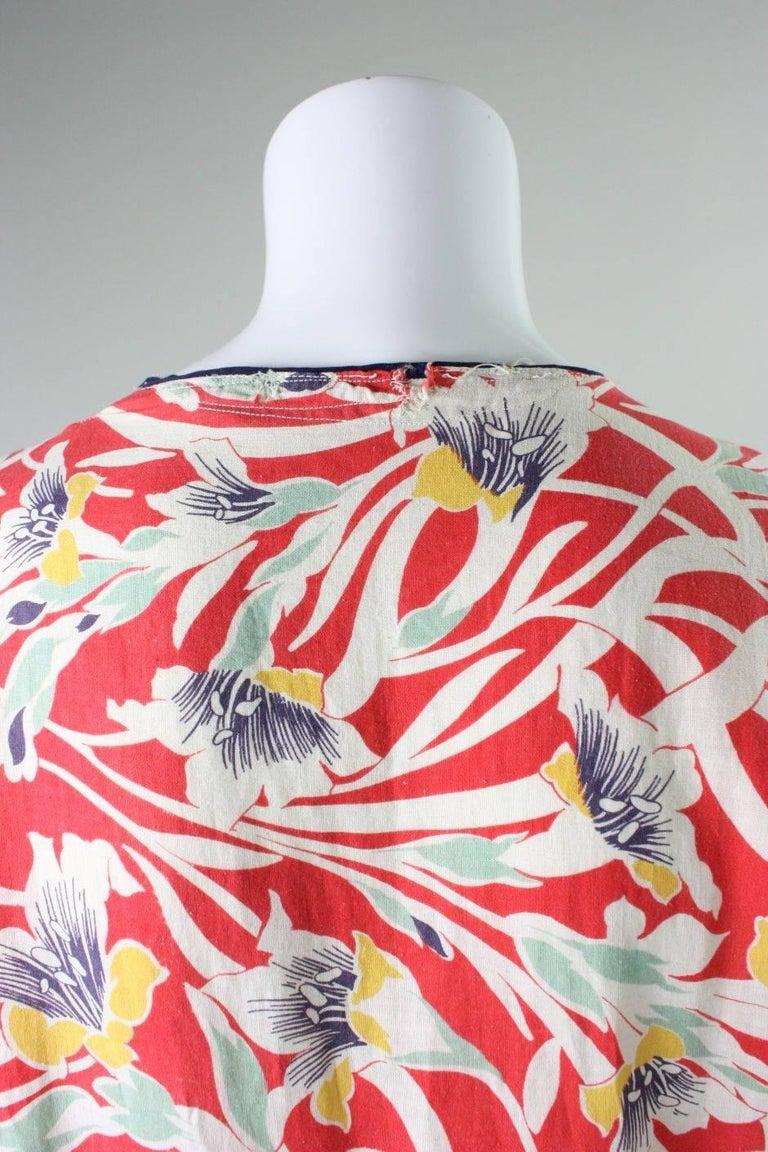 1930's Cotton Beach Pajamas with Art Deco Floral Print For Sale 2