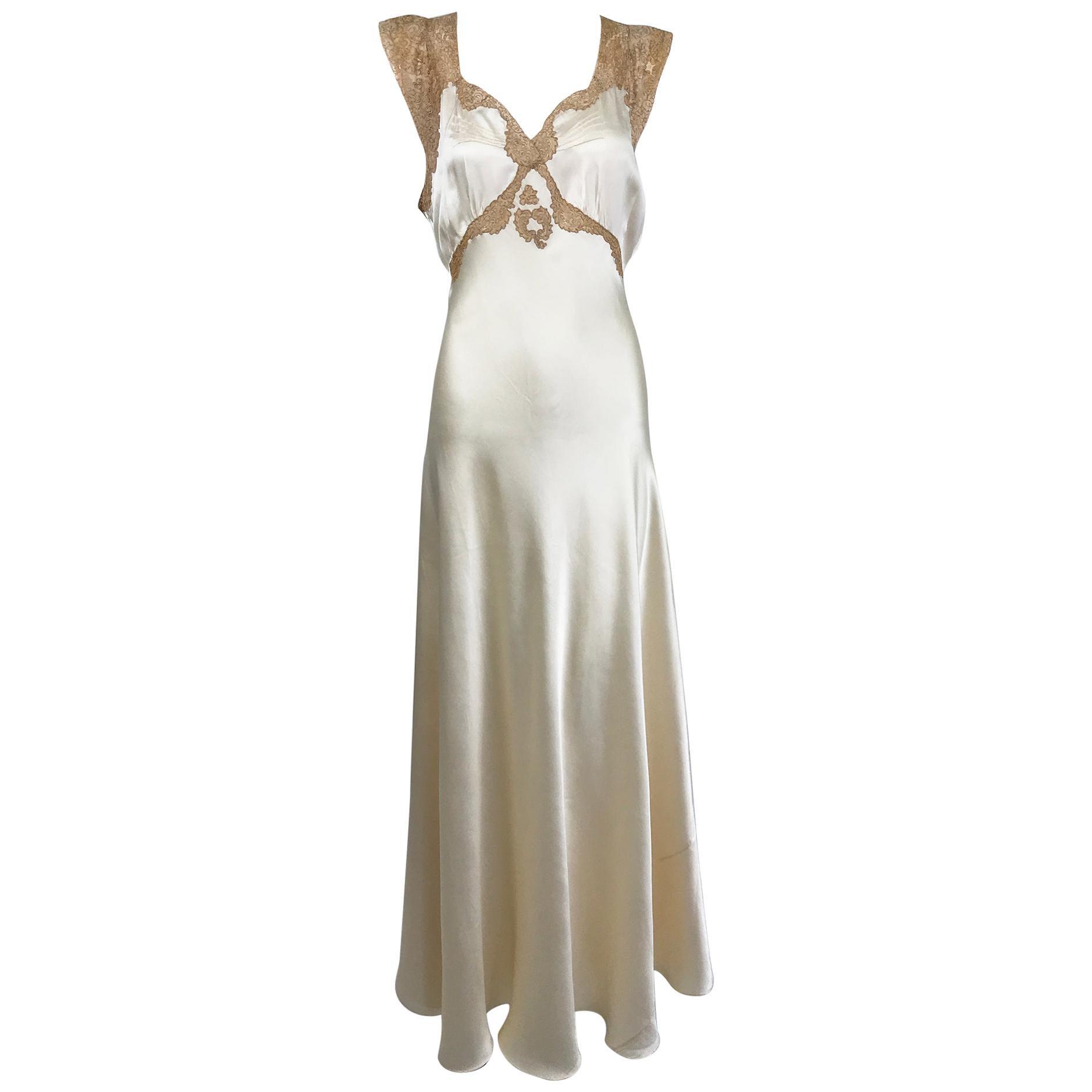 1930s Cream Silk Charmeuse Bias Cut Couture Gown With Ecru Lace Trim