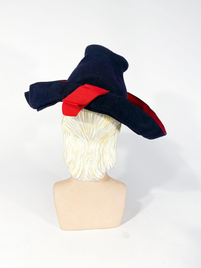 1930s Dark Blue Hand-sculpted Wide-Brimmed Hat with Red Accents In Good Condition For Sale In San Francisco, CA