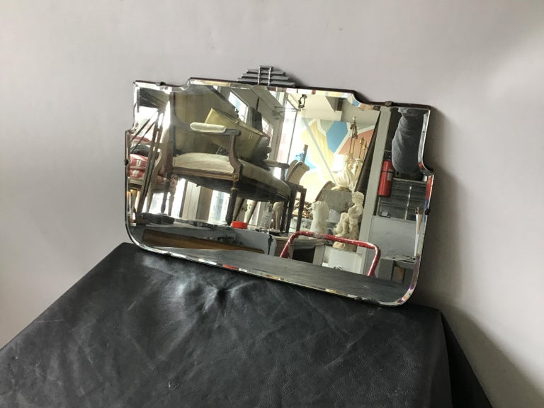 1930s Deco Beveled Mirror In Good Condition For Sale In Tarrytown, NY