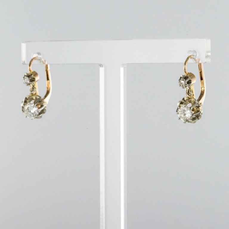 Art Deco 1930s Diamonds 18 Karat Rose White Gold Lever- Back Earrings For Sale