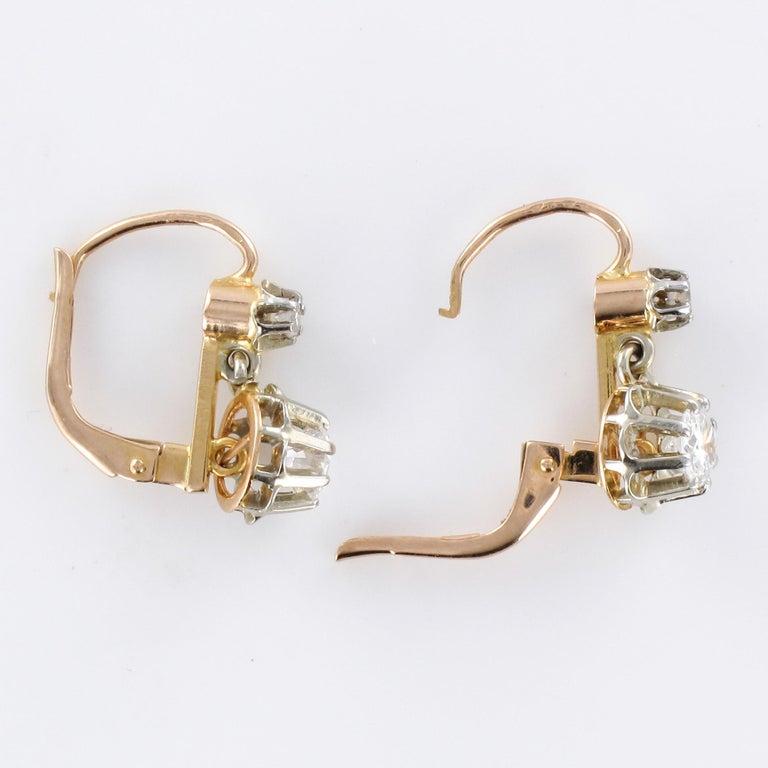 1930s Diamonds 18 Karat Rose White Gold Lever- Back Earrings For Sale 2
