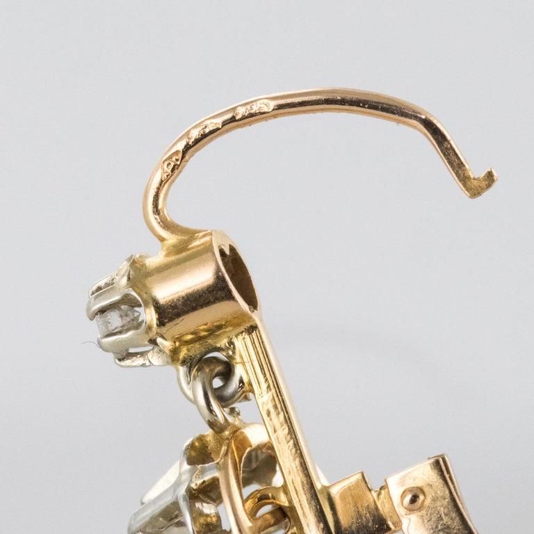 1930s Diamonds 18 Karat Rose White Gold Lever- Back Earrings For Sale 3