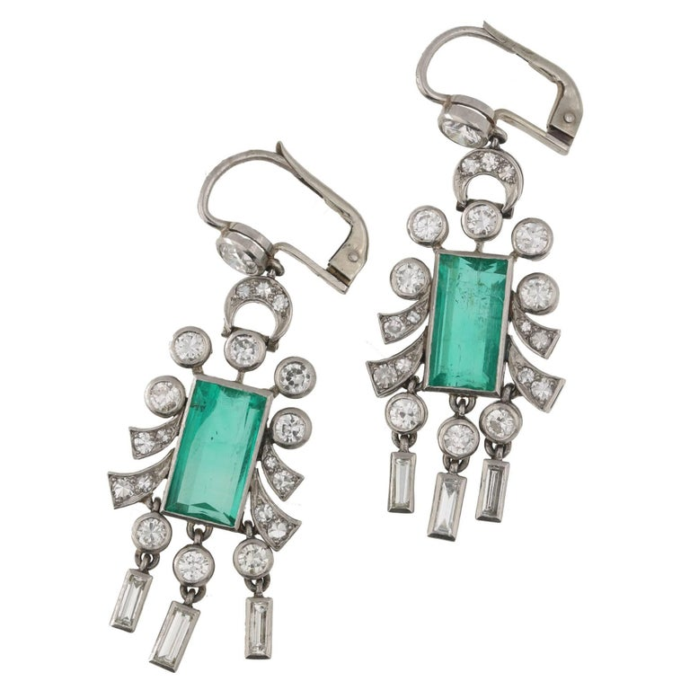 1930s Emerald Diamond Platinum Drop Earrings