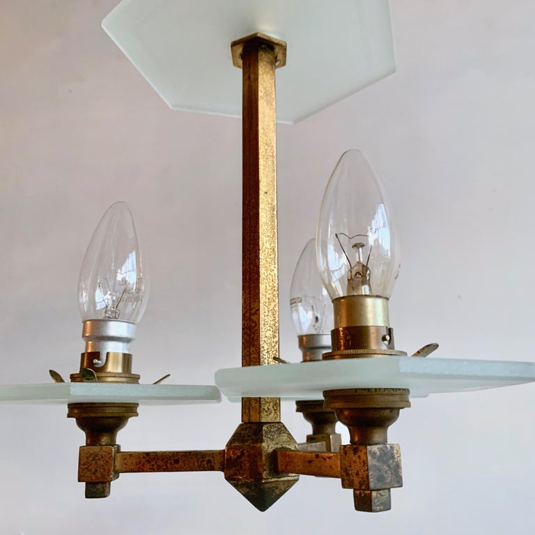 20th Century 1930s English Art Deco Chandelier For Sale