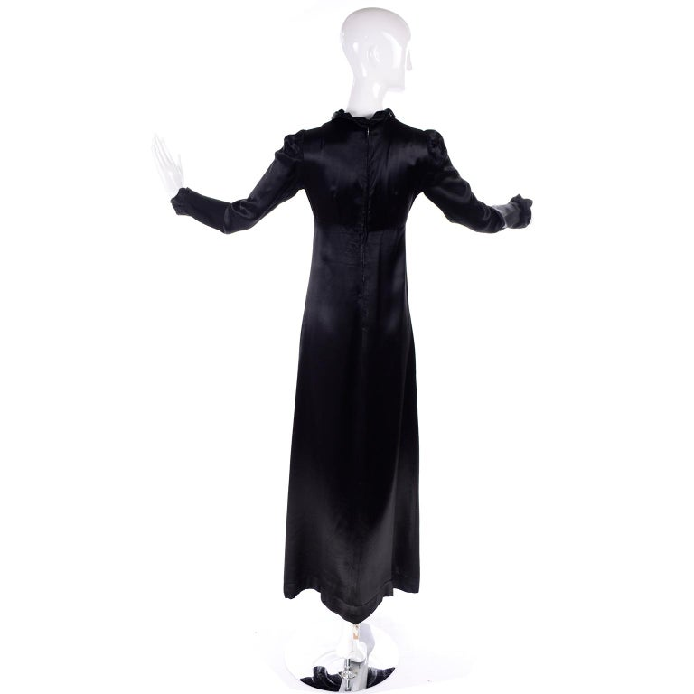 1930s Fitted Black Silk Satin Long Dress in Victorian Style With Ruffles  For Sale 2