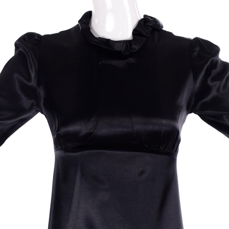 1930s Fitted Black Silk Satin Long Dress in Victorian Style With Ruffles  For Sale 4