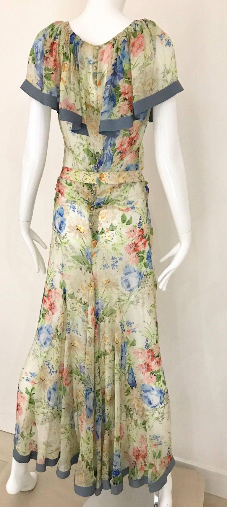 Beige 1930s Floral Print Silk Dress For Sale