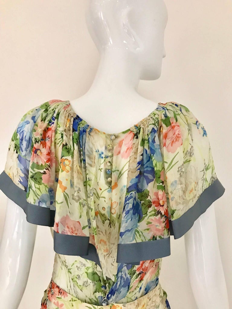 1930s Floral Print Silk Dress In Good Condition For Sale In Beverly Hills, CA