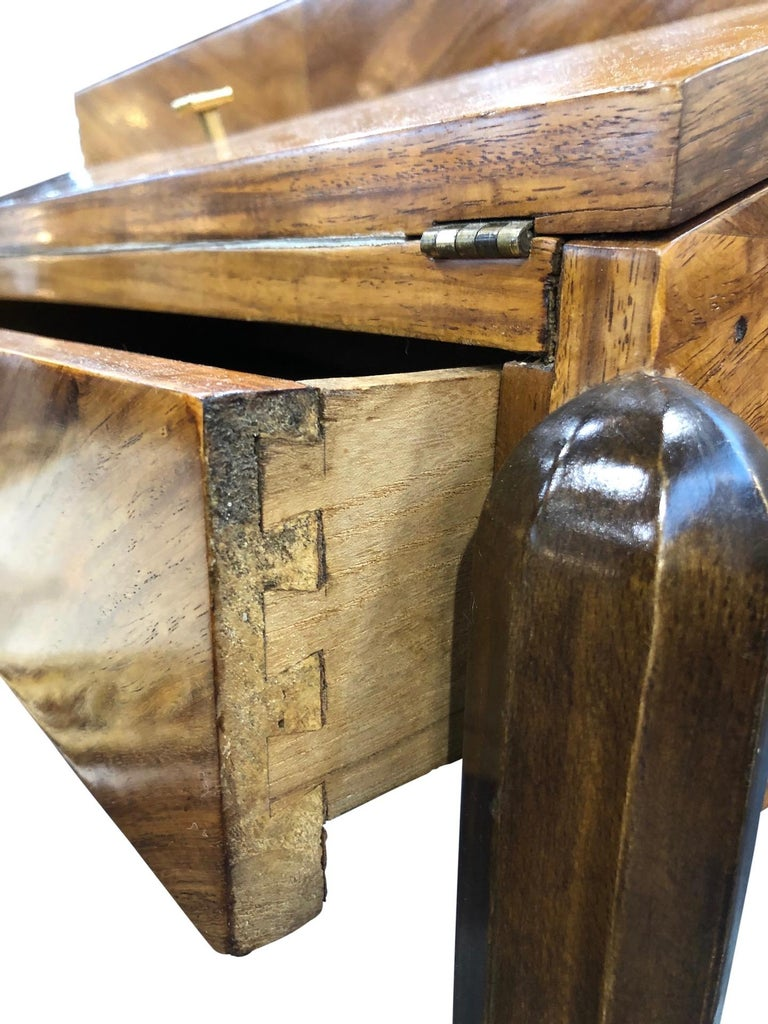 1930s French Art Deco Davenport on Thin Table Legs in Real Wood Veneer For Sale 16