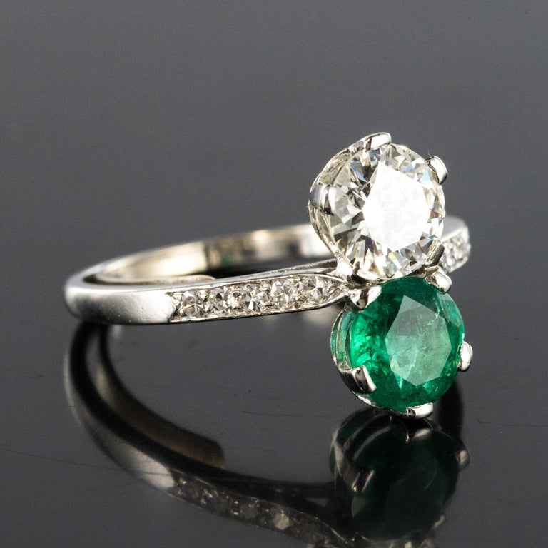 Women's 1930s French Platinum Art Deco Emerald Diamond