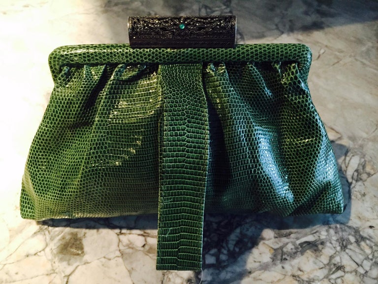 1930's Green Lizard Evening Bag Silver, Marcasite and Chrysoprase Clasp As New In Excellent Condition For Sale In New Hope, PA