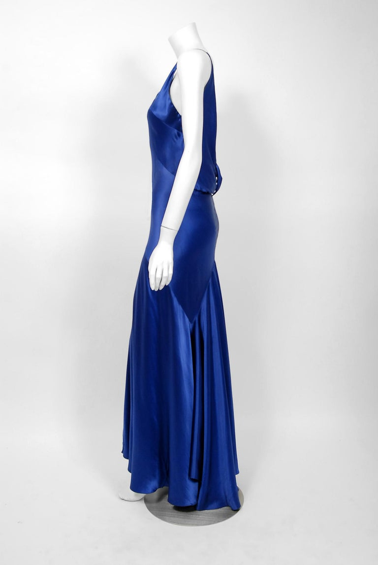 1930's Hattie Carnegie Couture Sapphire-Blue Silk Satin Backless Bias-Cut Gown In Good Condition For Sale In Beverly Hills, CA
