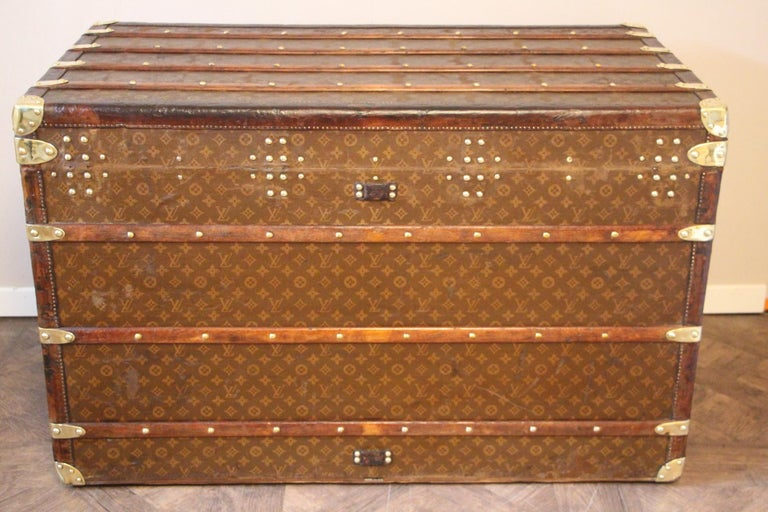 1930s High Louis Vuitton Trunk, Louis Vuitton Courrier Steamer Trunk Extra Large For Sale 8