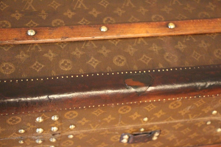 1930s High Louis Vuitton Trunk, Louis Vuitton Courrier Steamer Trunk Extra Large For Sale 9