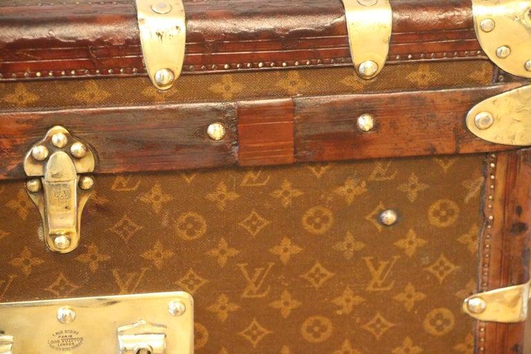 1930s High Louis Vuitton Trunk, Louis Vuitton Courrier Steamer Trunk Extra Large For Sale 11