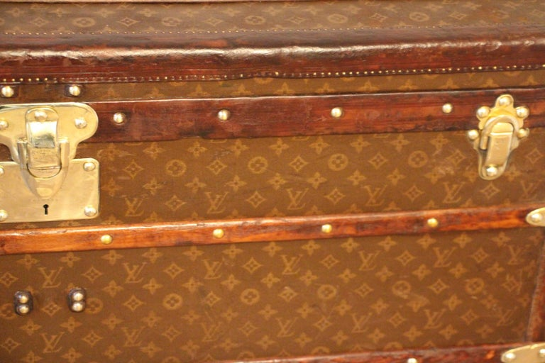 French 1930s High Louis Vuitton Trunk, Louis Vuitton Courrier Steamer Trunk Extra Large For Sale