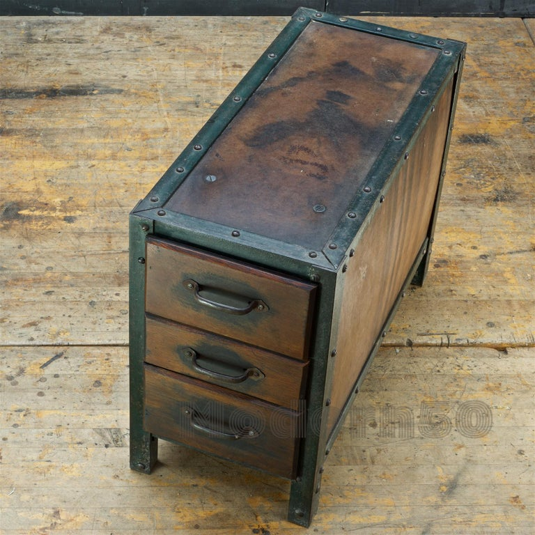 1930s Industrial Workshop Chest Cabinet Factory Vintage Nightstand Drawers Steel For Sale 2