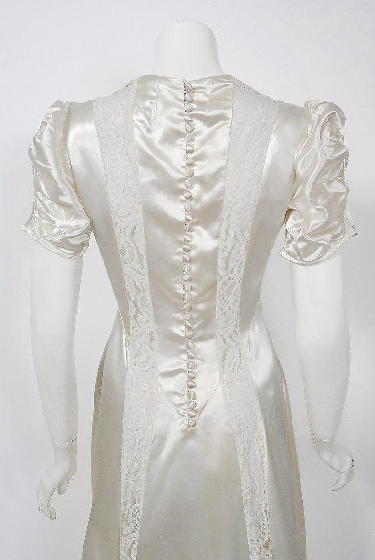 1930's Ivory Satin & Lace Ruched Puff-Sleeve Full Length Trained Bridal Gown For Sale 2