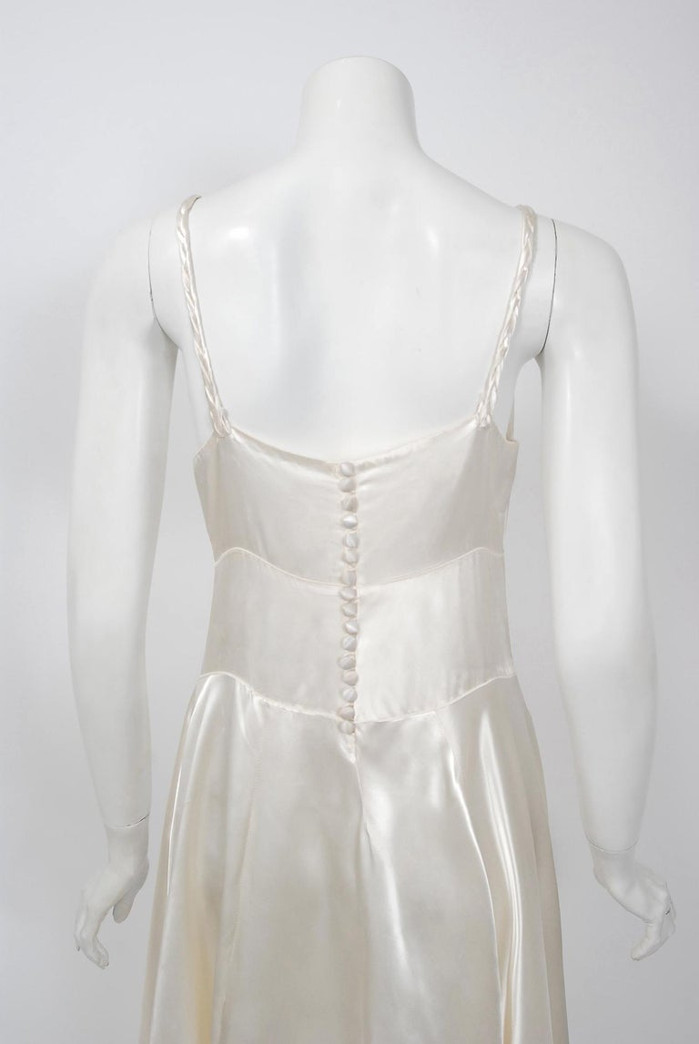 Vintage 1930's Ivory Satin Sculpted Plunge Rosette Appliques Bridal Slip Dress For Sale 2