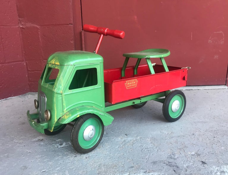 Art Deco 1930s Keystone Ride-Em Dump Truck,, Chairs Ride on Toy For Sale