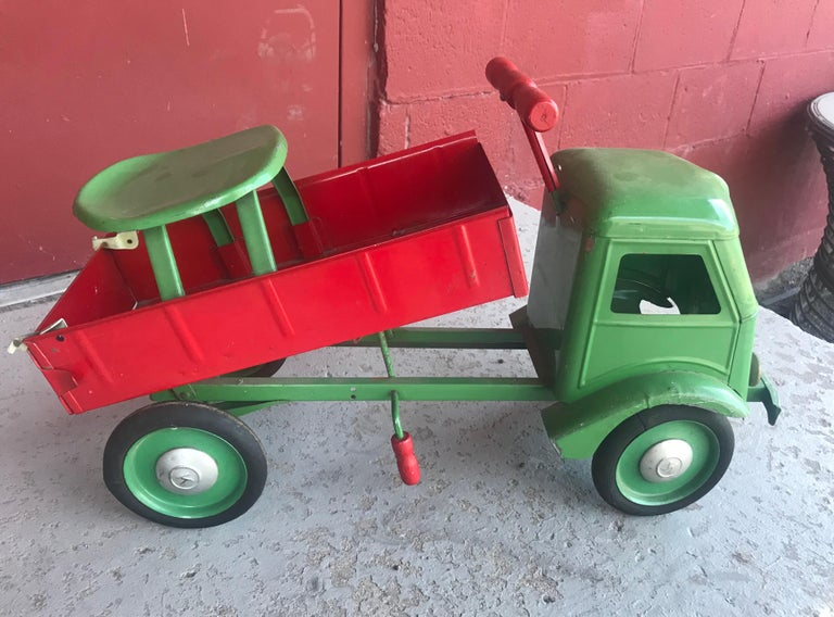 American 1930s Keystone Ride-Em Dump Truck,, Chairs Ride on Toy For Sale