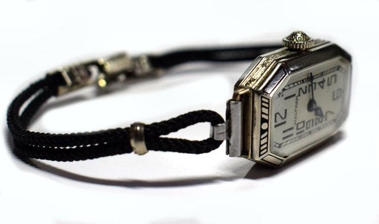 1930s Ladies Art Deco Enamel Waltham Wristwatch In Good Condition For Sale In Devon, England