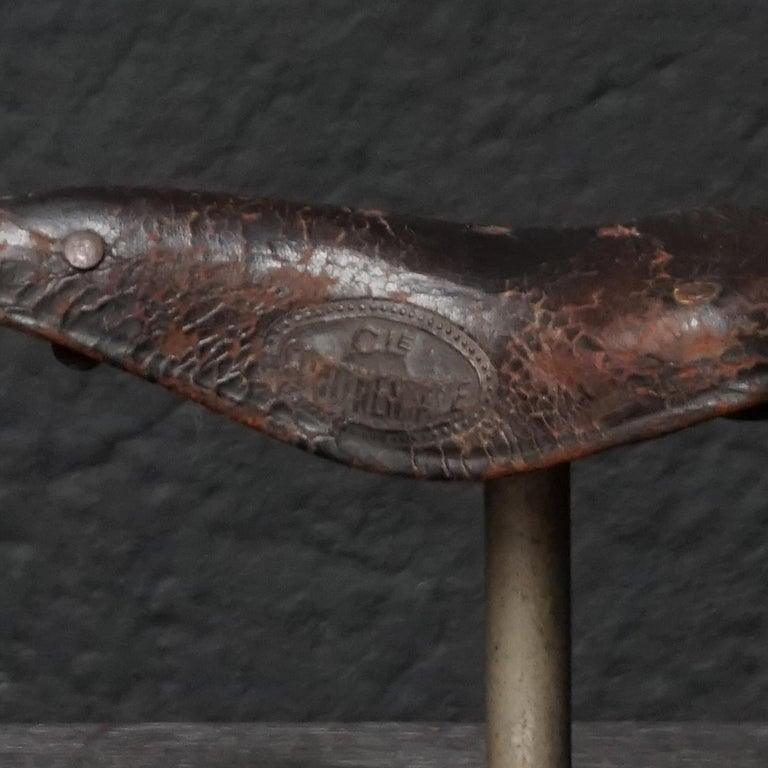 1930s Leather French Continentale Bauriat Bicycle Display Seat Model For Sale 5