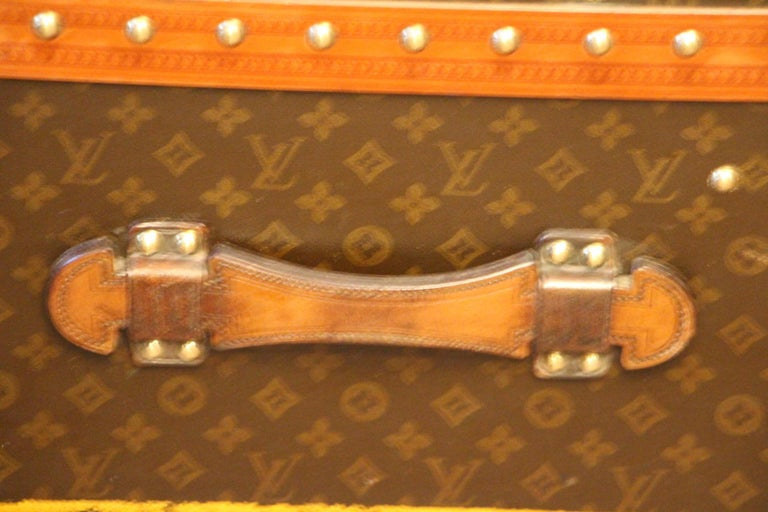 1930s Louis Vuitton Monogram Steamer Trunk, Malle Louis Vuitton For Sale 5