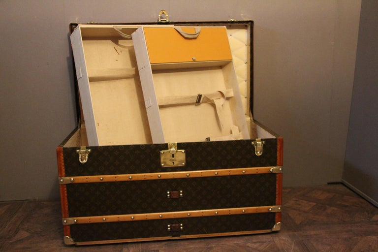 1930s Louis Vuitton Monogram Steamer Trunk, Malle Louis Vuitton For Sale 12