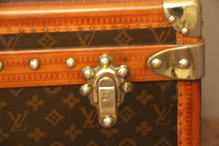 1930s Louis Vuitton Monogram Steamer Trunk, Malle Louis Vuitton In Good Condition For Sale In Saint-Ouen, FR