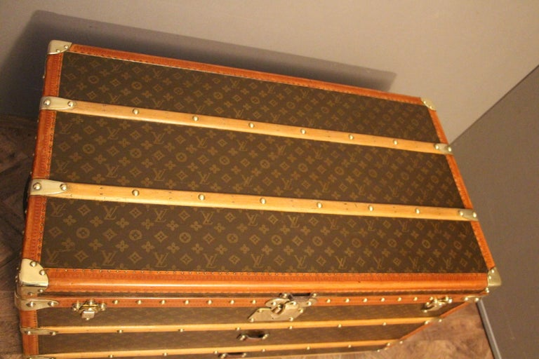 Brass 1930s Louis Vuitton Monogram Steamer Trunk, Malle Louis Vuitton For Sale
